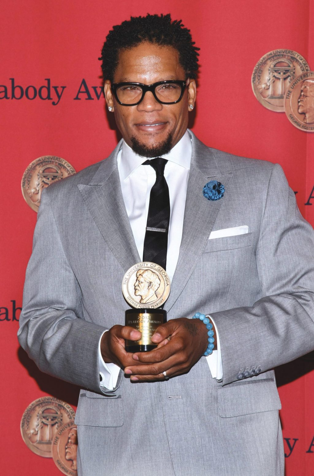 """Hughley Brings """"The Funny"""" to IMPROV"""