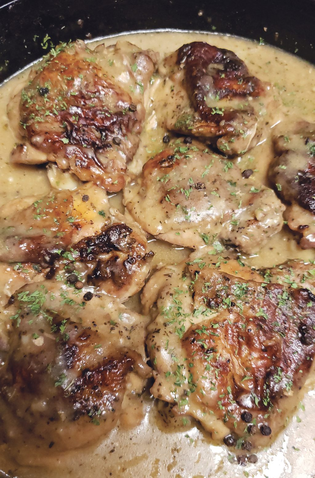 Recipe of the Week: Oven Roasted Chicken Thighs & Garlic Gravy