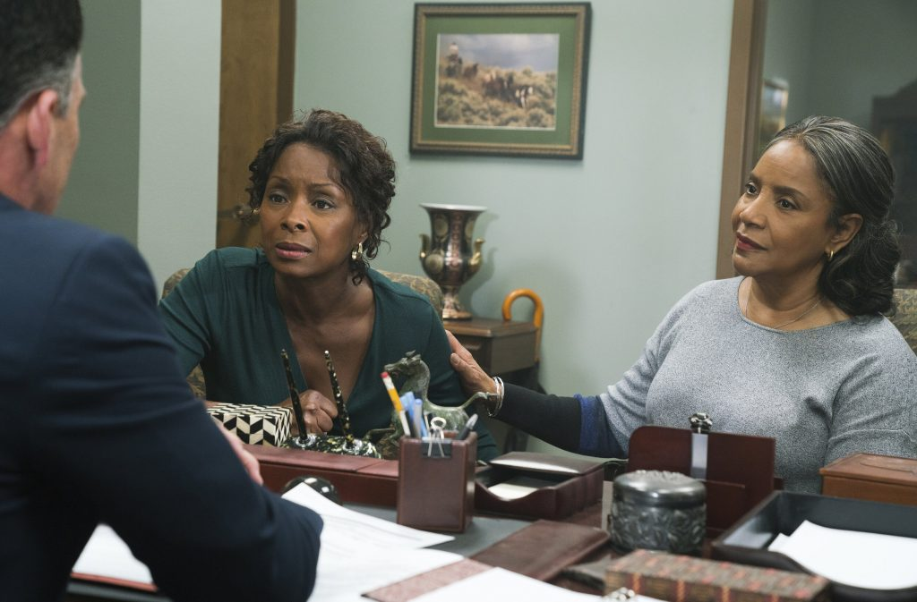 """""""The Have and the Have Nots"""" Crystal Fox Speaks on Starring in Tyler Perry's Netflix Debut """"A Fall From Grace"""""""