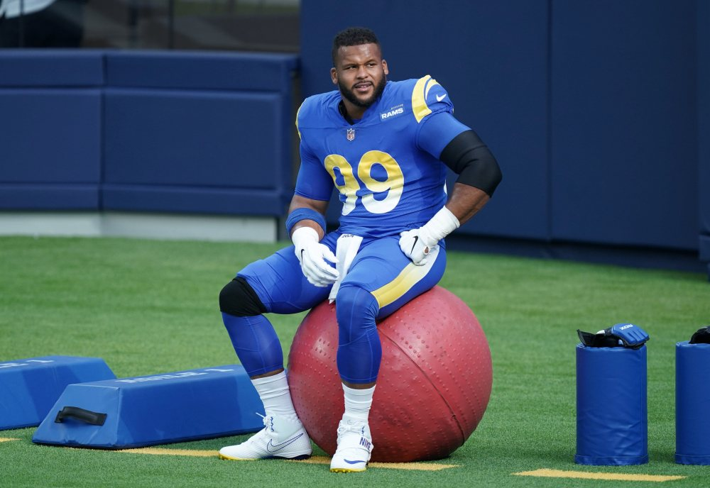 Rams Donald Makes Himself Right at Home