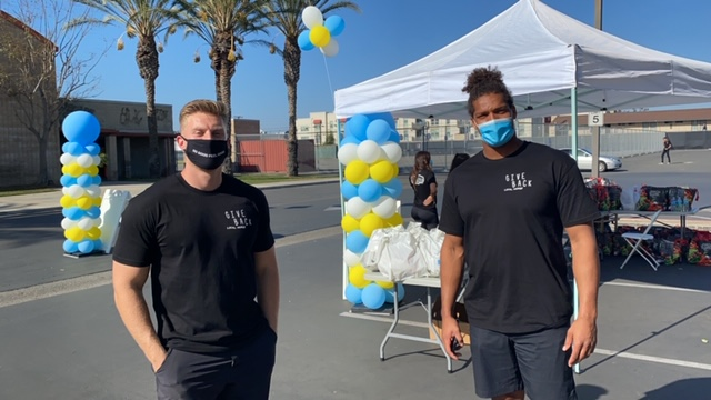 Chargers Trai Turner Partners with Isaac Rochell to provide Thanksgiving Meals to Local Families