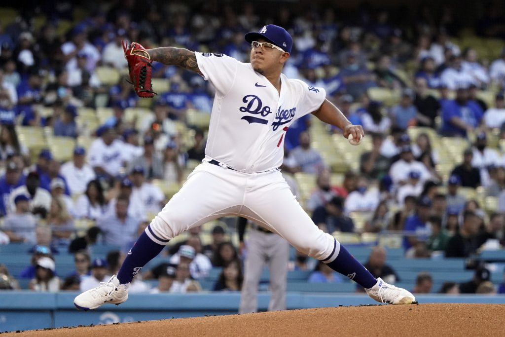 Dodgers trying to chase down on Giants