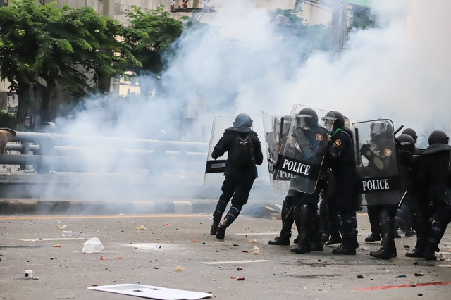 Bill Capping the Use of Rubber Bullets, Tear Gas Awaits Gov's Signature